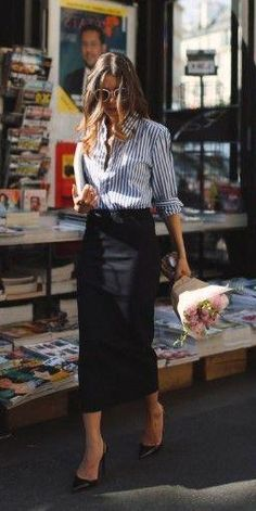 35 Chic Work Outfits Women for Summer 2019 is part of Chic work outfit - In years past women produced the textiles either for home consumption or maybe to trade with other individuals Styles and trends can easily Casual Work Outfits, Business Casual Outfits, Mode Outfits, Business Attire, Office Outfits, Work Casual, Classy Outfits, Chic Outfits, Casual Chic