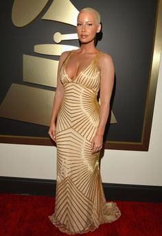 Whoa! Amber Rose Hid Her Tattoos For The #GRAMMYs Red Carpet! Incredible what the power of #makeup can do!