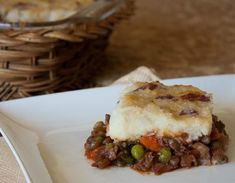 Meatless Monday:Mushroom Lentil Shepherd's Pie:Sign up for weekly recipes: http://action.hsi.org/ea-action/action?ea.client.id=104&ea.campaign.id=24759&ea.tracking.id=pinterest