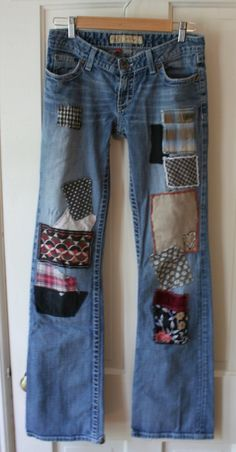 Breathe Again Recycled Jeans I design, beautify and reconstruct jeans for men and women. And kids jeans too! Boho Jeans, Hippie Jeans, Denim Jeans, Boho Hippie, Sewing Clothes, Diy Clothes, Patchwork Jeans, Embroidered Jeans, Denim Fashion