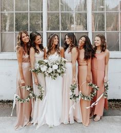 Wedding dresses, wedding и wedding bridesmaids. Wedding Goals, Dream Wedding, Wedding Day, Wedding Mood Board, Wedding Blog, Diy Wedding, Bridesmaid Bouquet, Flowers For Bridesmaids, Different Colour Bridesmaid Dresses
