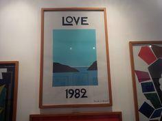 """Muestra de arte """"Love"""" en la casa de YvesSaintLaurent en Marruecos. AZULES"""