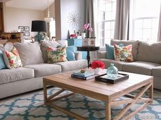 Blue  Gray Family Room - Love the coffee table