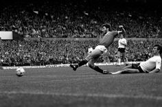Birtles scores his first league goal for the Reds – in his 30th game.