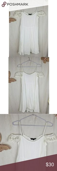 Strappy off the shoulder crochet lace white trim New look size 8, possibly size 8 UK ask me to check  Crochet sleeves  Sun dress  Flowy relaxed beach Summer trim detail smock dress ASOS New Look Dresses