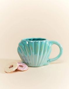 Cute Coffee Mugs, Cool Mugs, Tea Mugs, Coffee Cups, Coffee Time, Mermaid Mugs, Four Micro Onde, Cute Cups, Funny Mugs
