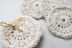 Made with cotton, viscose and linen blend yarn. The yarn makes the face pads soft and durable, let alone eco-friendly.  The face pads feels gentle and soft against your skin. Textile Products, Crochet Faces, Cotton Viscose, Zero Waste, Eco Friendly, Baby Shoes, Feels, Textiles, Unique Jewelry