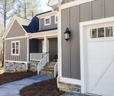 ideas for exterior house colors sherwin williams grey Exterior Gray Paint, Exterior Paint Colors For House, Paint Colors For Home, Exterior Design, Gray Siding, Paint Colours, Grey Siding House, Farmhouse Exterior Colors, White Siding