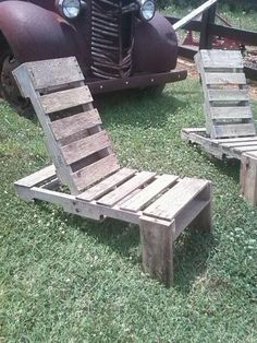 Pallet Adirondack Chairs/wonder if this woud work for my backyard...hmm