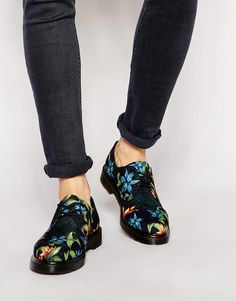 Dr Martens Hawaiian Print Lester Shoes