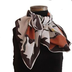 We are proud to present our exclusive collection of scarves. Each scarf is unique and made entirely by hand using the finest quality of silk. The weaving of the crèpe de chine is more souple, thicker and wrinkles less then other fablics. Scarves, My Etsy Shop, Hand Painted, Silk, Trending Outfits, Handmade Gifts, Check, Shopping, Vintage