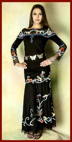 VINTAGE COLLECTION'S BUTTERFLY LONG SKIRT HAS THE MAGNIFICENT BUTTERFLY EMBROIDERED ON THIS MESH DROP WAIST SKIRT. ENJOY THE ROMANCE OF THE BUTTERFLY!