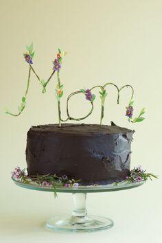 Floral Mom Cake Topper DIY #Mother's Day