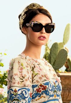 Bianca Balti for Dolce Gabbana Spring/Summer 2014 Advertising Campaign, ph. by Domenico Dolce. Semi Casual Outfit, Casual Outfits, Most Beautiful Women, Beautiful Outfits, Summer 2014, Spring Summer, Bianca Balti, Stefano Gabbana, Dolce Gabbana