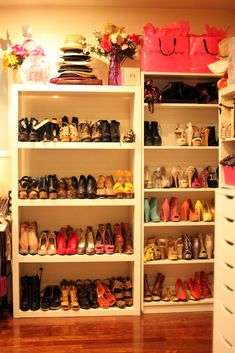 I'm not sure if this is organizing or decorating! Perfect Idea How To Arrange Your Room With Clothes