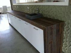 oud hout   keukenbladen | Ruw Meubelen - Houten keukenblad van sloophout en oude balken