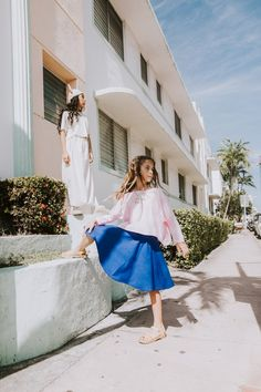 My love affair with street style themed shoots continues as we explore the residential streets of South Beach, Miami. Miami Fashion, Work Fashion, Kids Fashion, Little Girls, Girls Fun, For Elise, South Beach Miami, Little Girl Fashion, Outfits For Teens