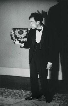 fantomas-en-cavale:  Eli Lotar- Antonin Artaud pour le theâtre Alfred Jarry, Paris, vers 1929-1930
