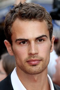 This is a real, live man and not an ancient, chiseled statue. | Theo James May Actually Be A Mythological God