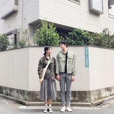 please don't remove the captions of ig posts Korean Couple Fashion, Korean Couple Photoshoot, Fashion Editorial Couple, Pre Wedding Poses, Pre Wedding Photoshoot, Teenage Couples, Cute Couples, Wedding Photography Poses, Couple Photography