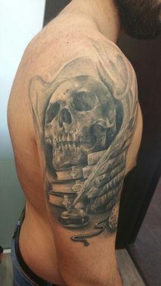 Rafa Emme from Élite Tattoo Studio (Valencia, Spain) Valencia Spain, Tattoo Studio, Piercings, Skull, Tattoos, Peircings, Piercing, Tatuajes, Tattoo