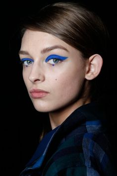 Serious summer liner. Would you dare to try this colored cat-eye?