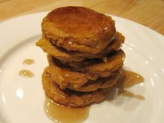 These fritters are a traditional dish from South Africa, called pampoenkoeky. They are a little bit savory, a little bit sweet, and a lot delicious. Cooking Pumpkin, Pumpkin Recipes, Fall Recipes, Simple Recipes, Yummy Recipes, Pumpkin Fritters, Pumpkin Delight, Veg Dishes, South African Recipes