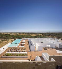 Ecork Hotel / José Carlos Cruz (Evora, Portugal) #architecture