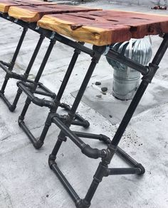 Iron Pipe Barstools with Live Edge Wood Seats by W… – Iron Pipe Barhocker mit Live Edge Wood Seats von W … – Industrial Desk, Vintage Industrial Furniture, Industrial Interiors, Modern Industrial, Industrial Apartment, Industrial Closet, Industrial Windows, Industrial Restaurant, Victorian Furniture