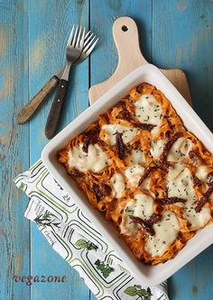 zapiekanka z makaronem i pomidorami Risotto, Pasta, Tableware, Kitchen, Recipes, Food, Cooking, Dinnerware, Meal