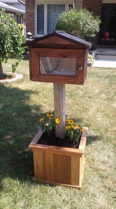 Pallet Ideas, Pallet Projects, Garden Projects, Garden Ideas, Birdhouses, Mj, Container Gardening, Thighs, Backyard