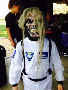 zombie astronaut costume - photo #2