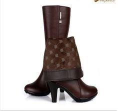 Zapatos para invierno, de 19.09 euros http://detail.tmall.com/item.htm?spm=a230r.1.14.23.21SMSV&id=13857372308&ad_id=&am_id=&cm_id=140105335569ed55e27b&pm_id= si queria comprar, pegar el link en newbuybay.com para hacer pedidos.