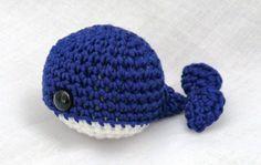 Mini Amigurumi Whale : Crochet Christmas Tree Ornaments on Pinterest Amigurumi ...