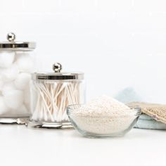 Lavender-Oatmeal Bath Soak with Young Living Essential Oils Independent Member Essential Oils For Hair, Orange Essential Oil, Essential Oil Uses, Young Living Essential Oils, Pure Essential, Oatmeal Bath, Diy Lotion, Living Essentials, Young Living Oils