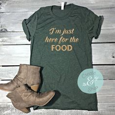 I'm Just Here Food the Food Unisex Shirt Funny Thanksgiving Shirt... ($22) ❤ liked on Polyvore featuring tops, t-shirts, maroon, women's clothing, basic t shirt, basic tee shirts, americana t shirts, green top and fitted shirts