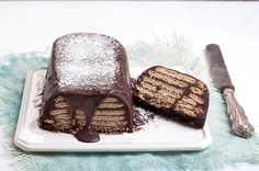 Κέικ μωσαϊκό Greek Sweets, Greek Desserts, Greek Recipes, No Bake Desserts, Easy Desserts, Greek Cake, Brownie Cake, Brownies, Food Categories