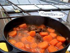 paleron, matière grasse, poivre, concentré de tomate, oignon, ail, lard, sel, carotte, bouillon de boeuf, laurier