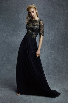 Crazy about this dress, it is beautiful and fresh without being trendy or trite. (Reem Acra)
