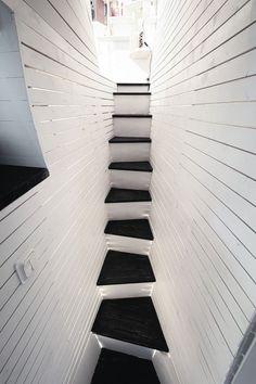 Architects: Torsten Ottesjö Location: Gothenburg, Sweden Area: 17 sqm Year: 2013 Photographs: David Relan