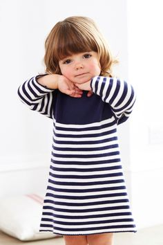 Kaufen Sie Gestreiftes Strickkleid in Marineblau/Weiß (0 Monate – 2 Jahre) heute online bei Next: Deutschland