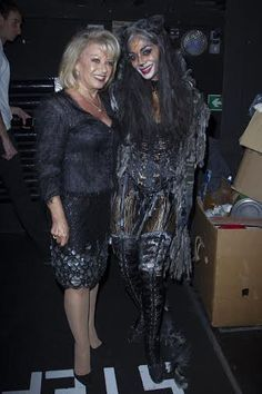 Elaine Paige and Nicole Scherzinger (Grizabella) at the Cats opening night. Photo credit Dan Wooller.jpg