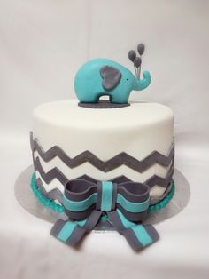 Elephant animal cake for a baby shower