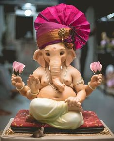 Make this Ganesha Chathurthi 2020 special with rituals and ceremonies. Lord Ganesha is a powerful god that removes Hurdles, grants Wealth, Knowledge & Wisdom. Shri Ganesh Images, Ganesha Pictures, Durga Images, Ganesh Wallpaper, Heart Wallpaper, Butterfly Wallpaper, Ganesh Idol, Ganesha Art, Ganesha Drawing