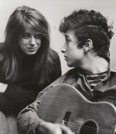 Bob Dylan and his girlfriend Suze Rotolo, photographed by Don Hunstein, in their West Fourth Street apartment, February This photo was taken immediately before Hunstein's famous outdoor session which produced the cover for Dylan's 'Freewheelin'' album. Bob Dylan, Travelling Wilburys, Blues, Joan Baez, Jim Morrison, Music Artists, The Beatles, Rock And Roll, Girlfriends