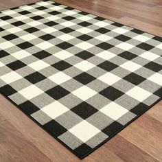 This Wiest Gingham Check Black/Ivory Indoor/Outdoor Area Rug is an elegant new introduction for indoor or outdoor use and a polypropylene looped yarn made in Egypt. Cream Area Rug, Beige Area Rugs, Buffalo Plaid, Indoor Outdoor Area Rugs, Outdoor Living, Outdoor Fun, Outdoor Ideas, Gingham Check, Porch Decorating