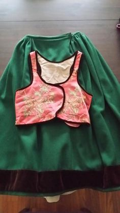 skirt and bodice Luggude