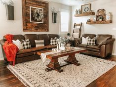 Took me long enough to get there but loving having fall colors around the house! Brown Couch Decor, Brown Leather Couch Living Room, Brown And Cream Living Room, Cozy Living Rooms, New Living Room, Western Living Rooms, Farmhouse Family Rooms, Modern Farmhouse, Home Remodeling