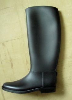 Kup mój przedmiot na #vintedpl http://www.vinted.pl/damskie-obuwie/kalosze/11180959-matowe-czarne-kalosze-rozm-39