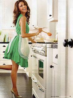 happy birthday to my favorite housewife, eva longoria! Desperate Housewives, Eva Longoria, Die Frauen Von Stepford, Looks Style, Style Me, Sexy Bikini, Blouse Nylon, Def Not, Jean Marie